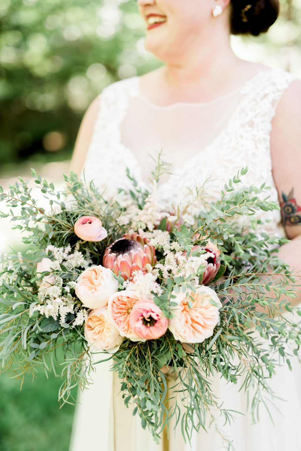 haley-richter-photo-west-chester-summer-wedding-boxcar-brewery-054