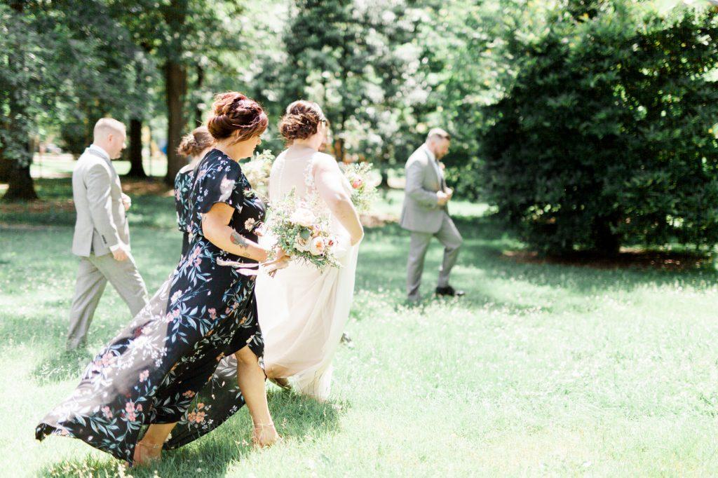 haley-richter-photo-west-chester-summer-wedding-boxcar-brewery-048