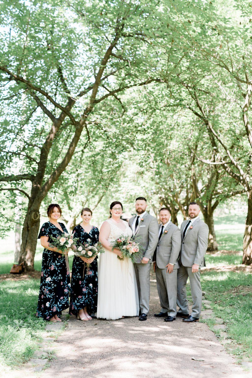 haley-richter-photo-west-chester-summer-wedding-boxcar-brewery-044