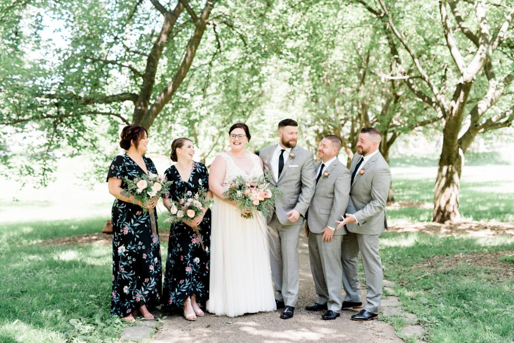 haley-richter-photo-west-chester-summer-wedding-boxcar-brewery-046