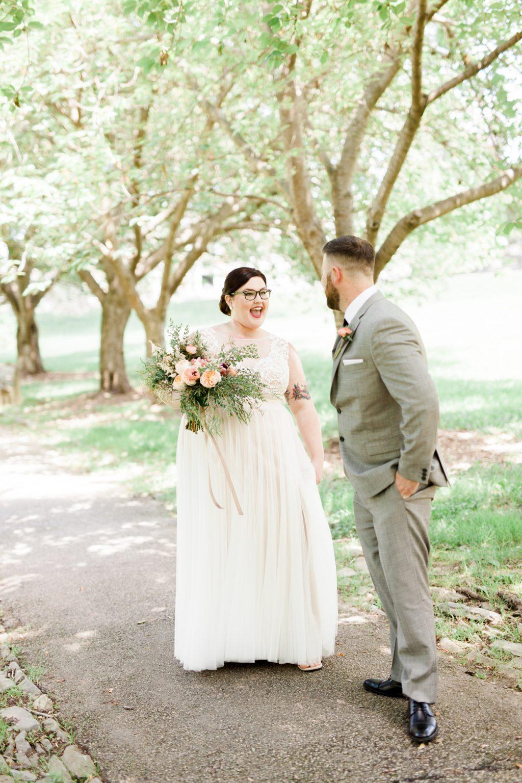 haley-richter-photo-west-chester-summer-wedding-boxcar-brewery-032