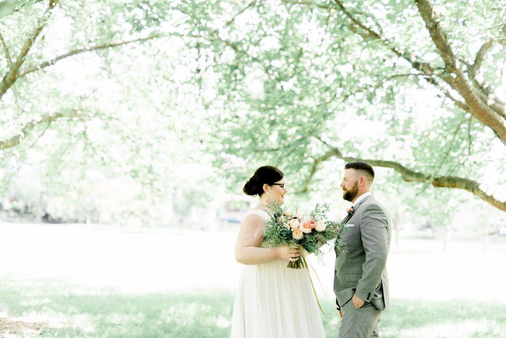 haley-richter-photo-west-chester-summer-wedding-boxcar-brewery-030