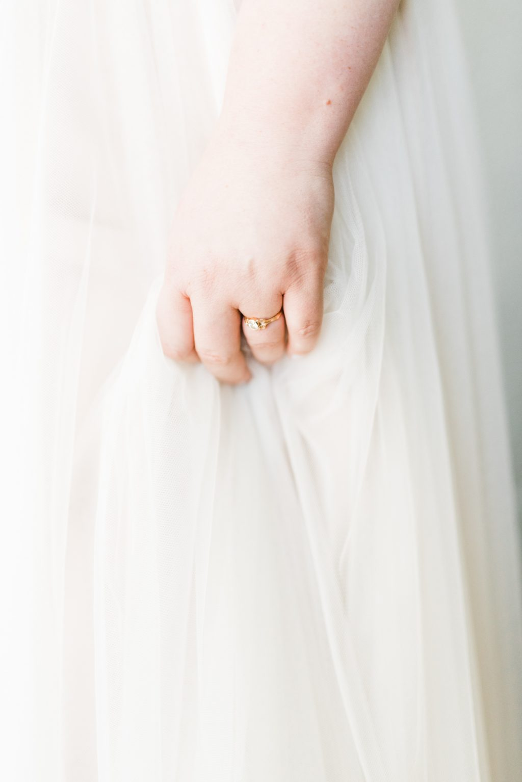 haley-richter-photo-west-chester-summer-wedding-boxcar-brewery-024