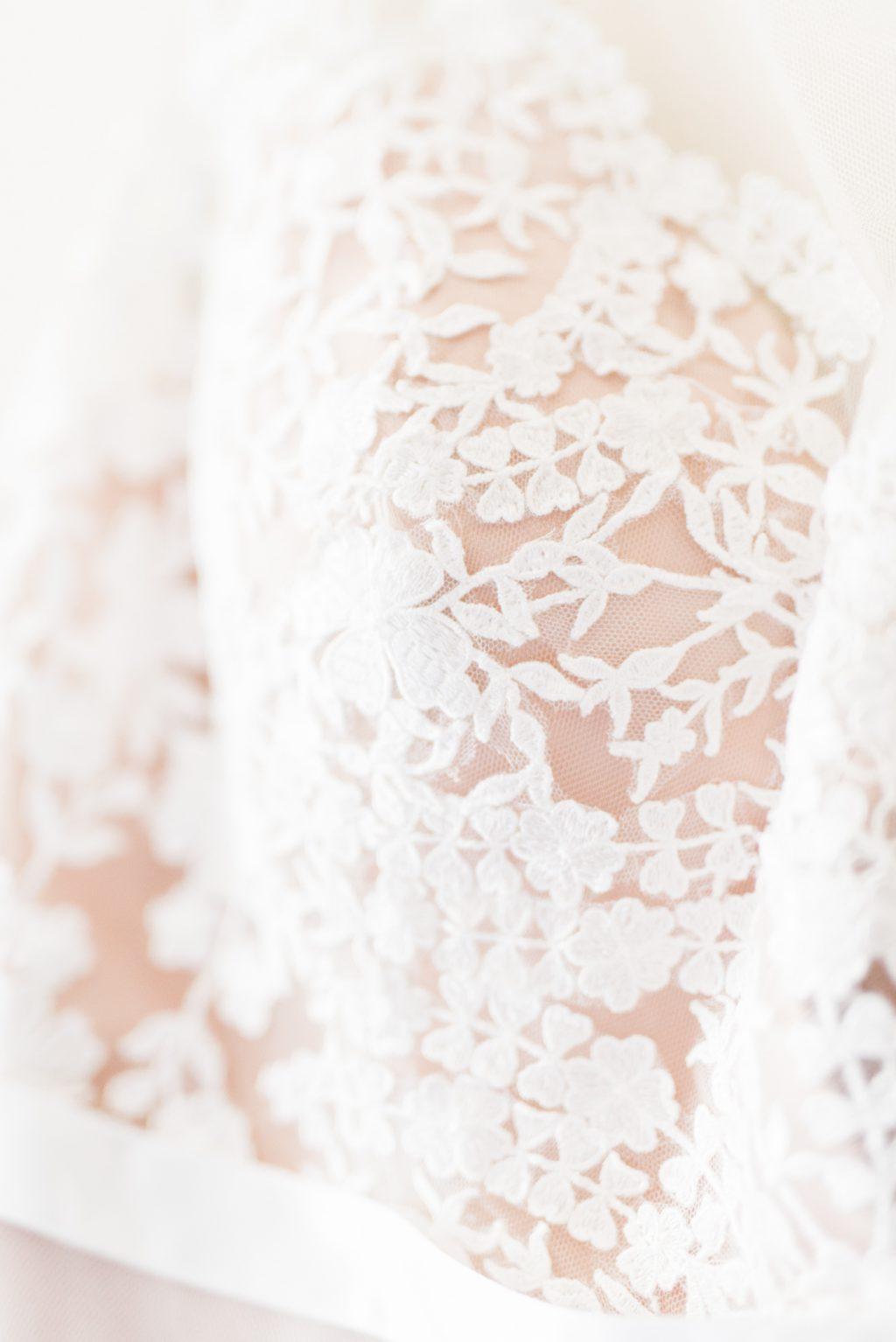 haley-richter-photo-west-chester-summer-wedding-boxcar-brewery-012