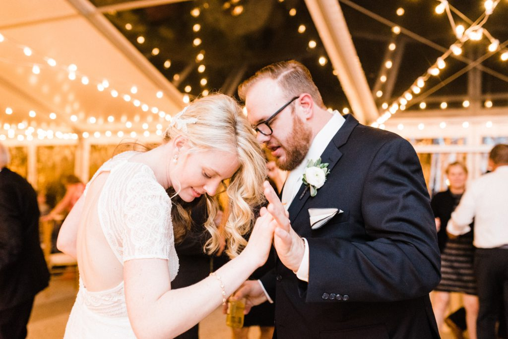 haley-richter-photography-american-swedish-historical-museum-spring-wedding-203