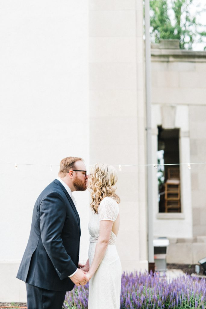 haley-richter-photography-american-swedish-historical-museum-spring-wedding-148
