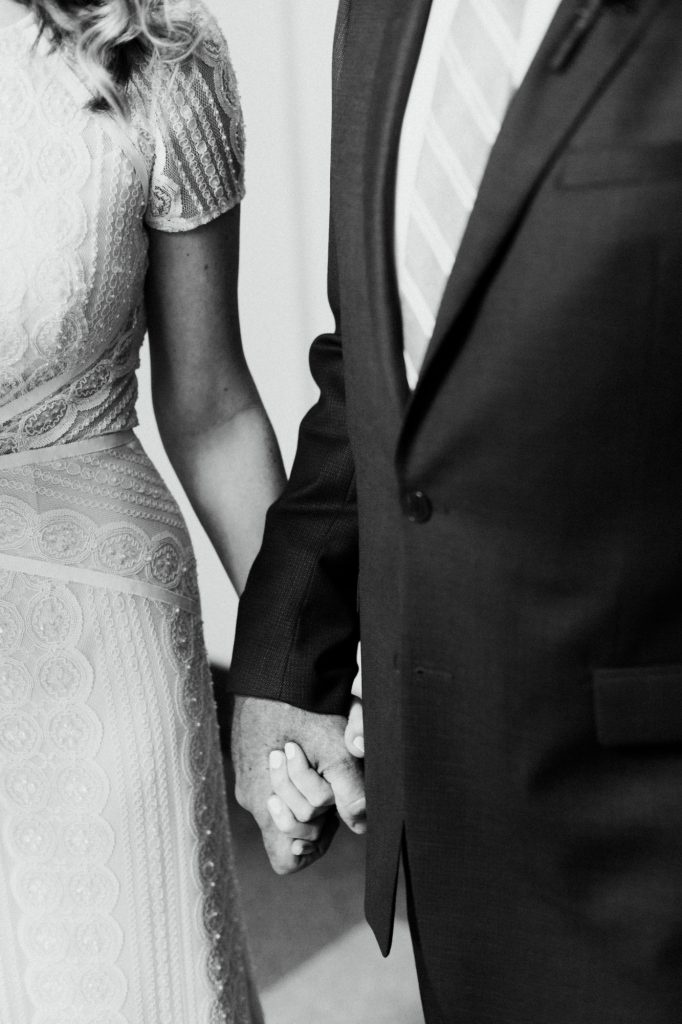 haley-richter-photography-american-swedish-historical-museum-spring-wedding-121