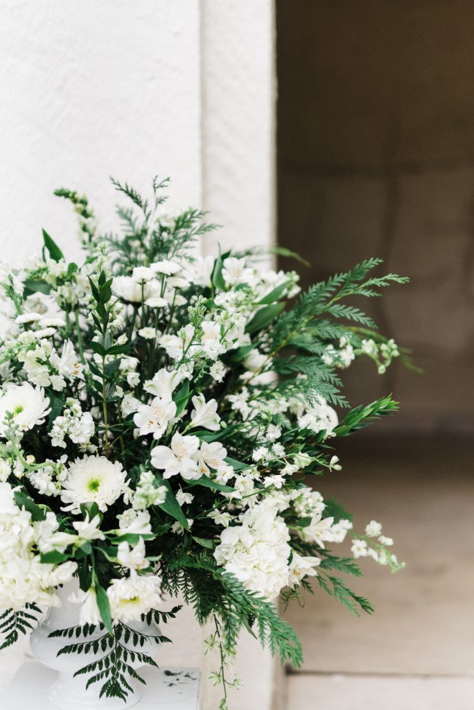 haley-richter-photography-american-swedish-historical-museum-spring-wedding-117