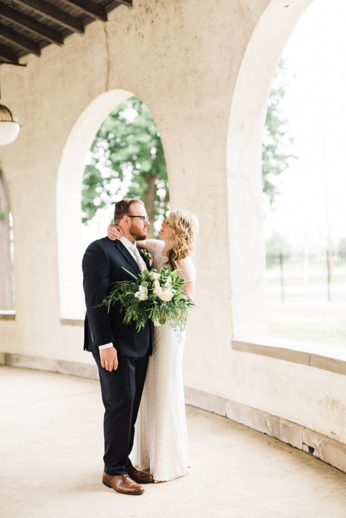 haley-richter-photography-american-swedish-historical-museum-spring-wedding-101