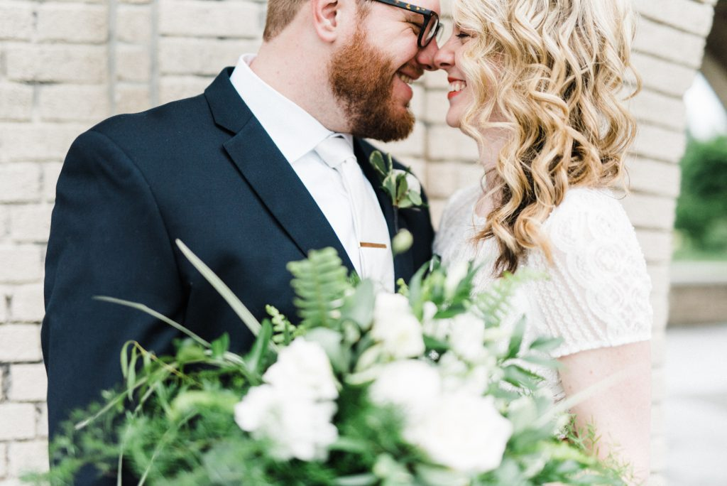 haley-richter-photography-american-swedish-historical-museum-spring-wedding-089