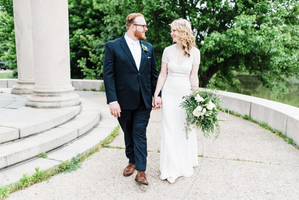 haley-richter-photography-american-swedish-historical-museum-spring-wedding-058