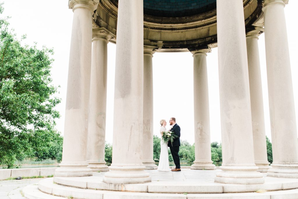 haley-richter-photography-american-swedish-historical-museum-spring-wedding-061