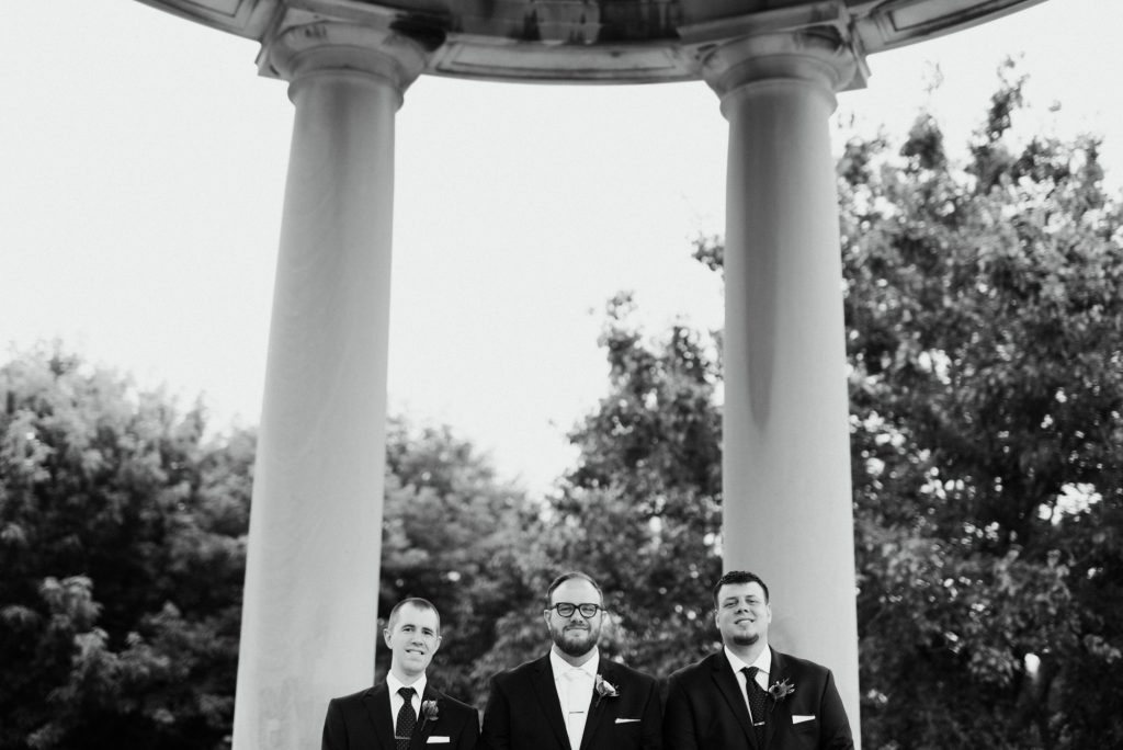 haley-richter-photography-american-swedish-historical-museum-spring-wedding-056