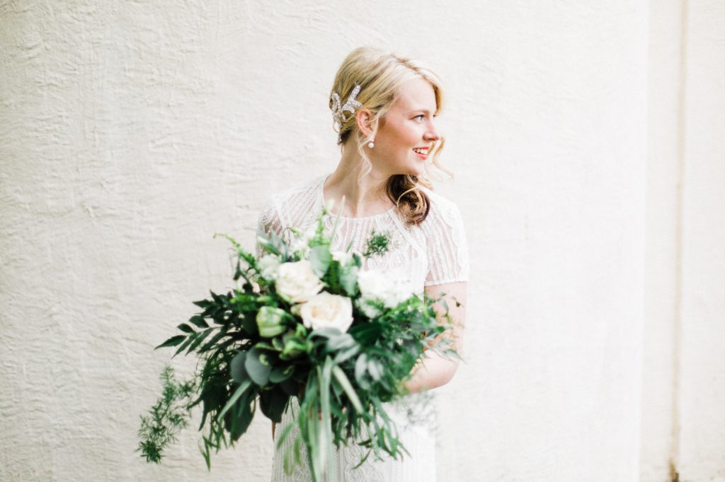 haley-richter-photography-american-swedish-historical-museum-spring-wedding-034