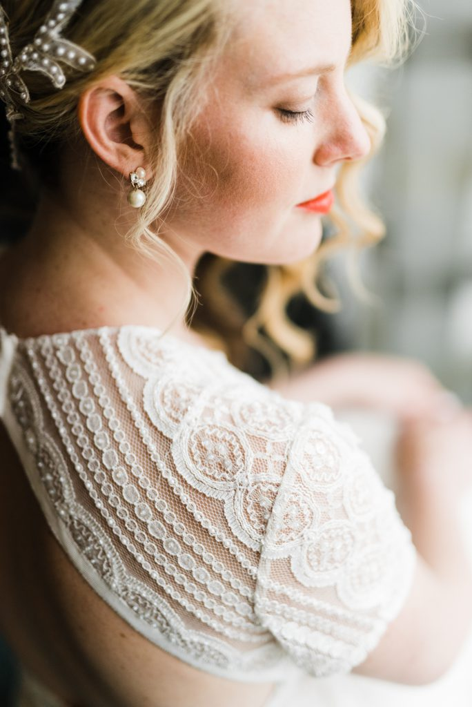 haley-richter-photography-american-swedish-historical-museum-spring-wedding-025