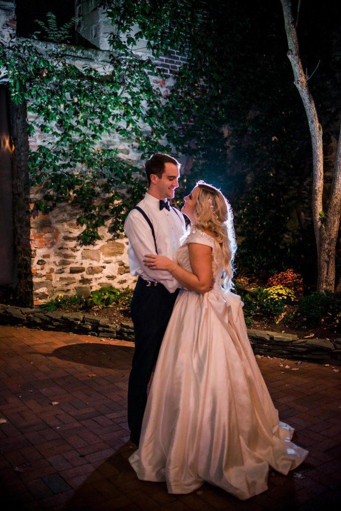 emcee_studio_photographie_wedding_photography_bride_groom_bri_jake_oct16-673