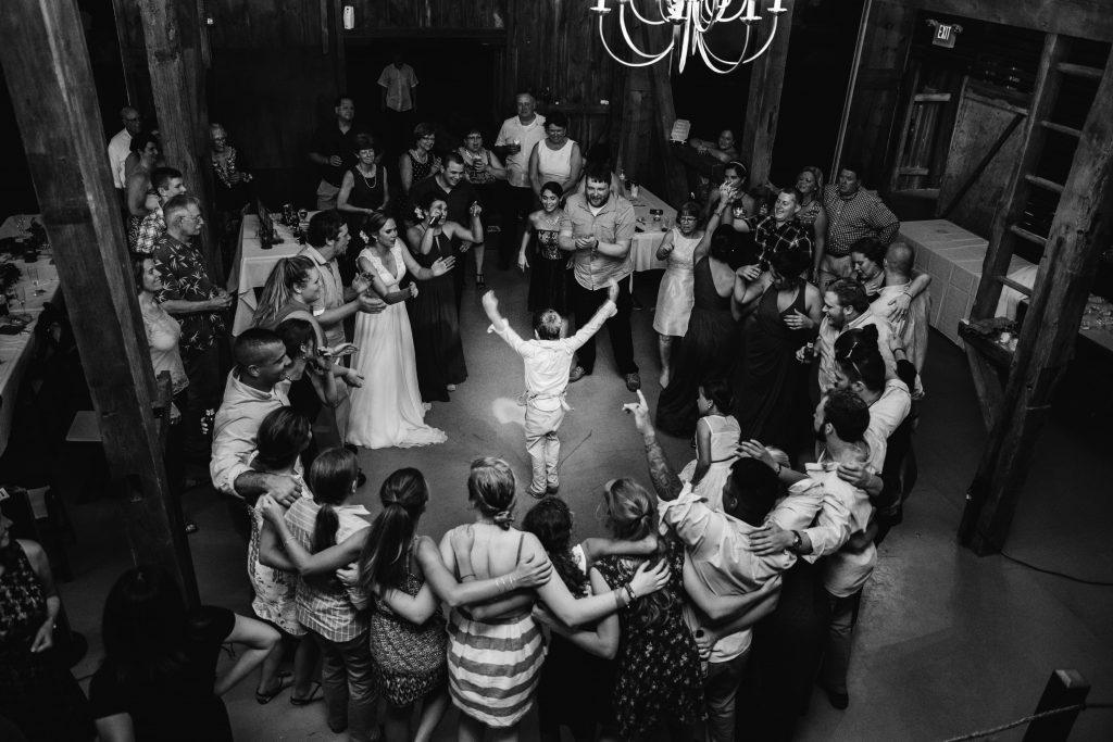 emcee_studio_photographie_wedding_photography_bride_groom_jen_zach_aug_2016-480
