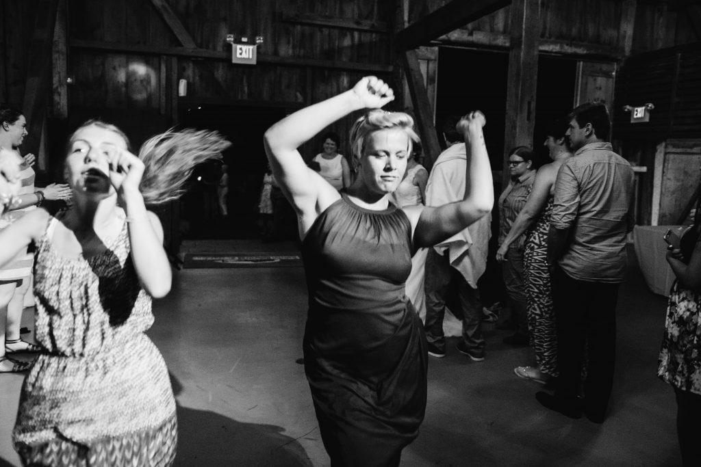 emcee_studio_photographie_wedding_photography_bride_groom_jen_zach_aug_2016-465