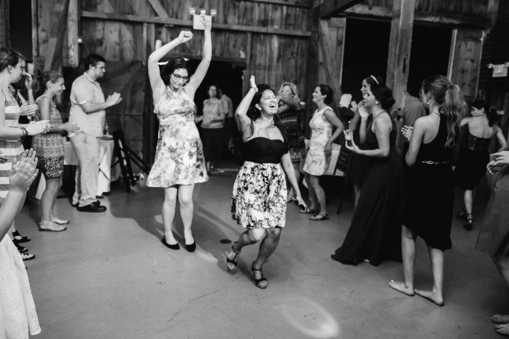 emcee_studio_photographie_wedding_photography_bride_groom_jen_zach_aug_2016-449