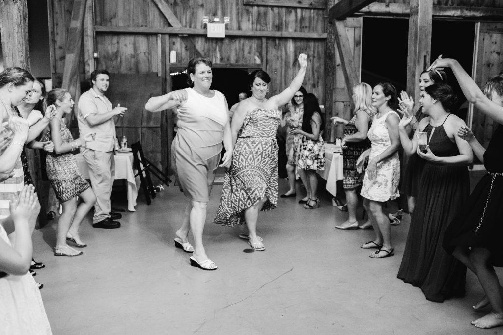 emcee_studio_photographie_wedding_photography_bride_groom_jen_zach_aug_2016-448