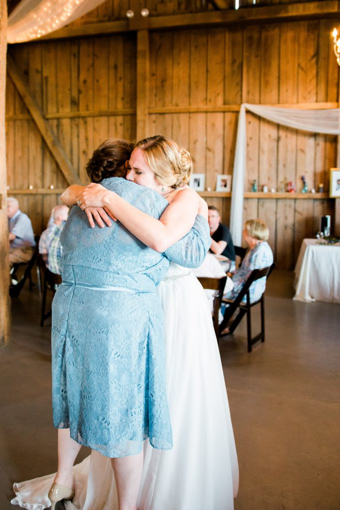 emcee_studio_photographie_wedding_photography_bride_groom_jen_zach_aug_2016-319