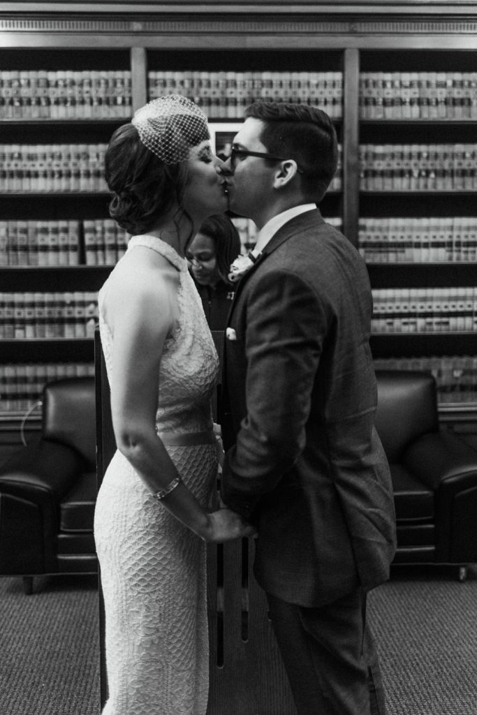 mary-matt-philadelphia-wedding-haley-richter-photography-city-hall-ceremony-kiss