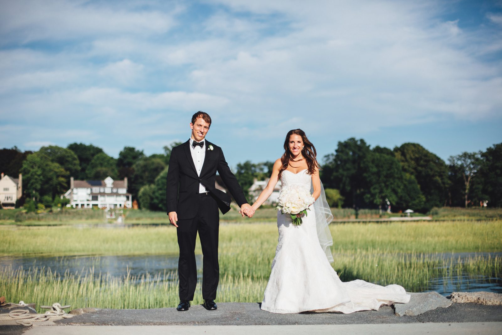 philadelphia-wedding-yacht-club-bride-goom-portrait