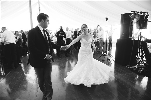 Bride and groom share first dance at Saucon Valley Country Club Wedding