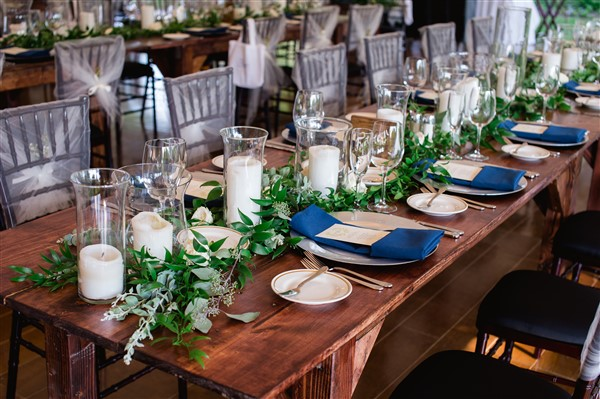 Barnes Farm Tables at Saucon Valley Country Club wedding. Photo by Alexandra Whitney Living