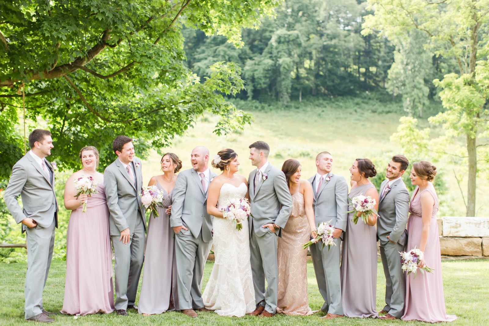 rivercrest-farm-summer-wedding-loren-jackson-photography-56
