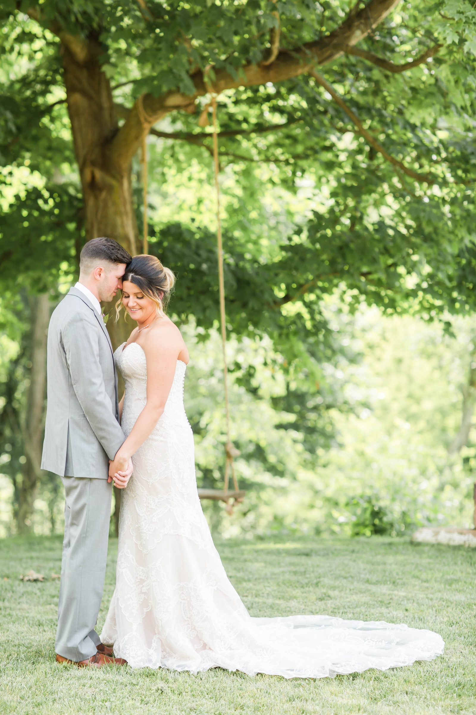 rivercrest-farm-summer-wedding-loren-jackson-photography-39