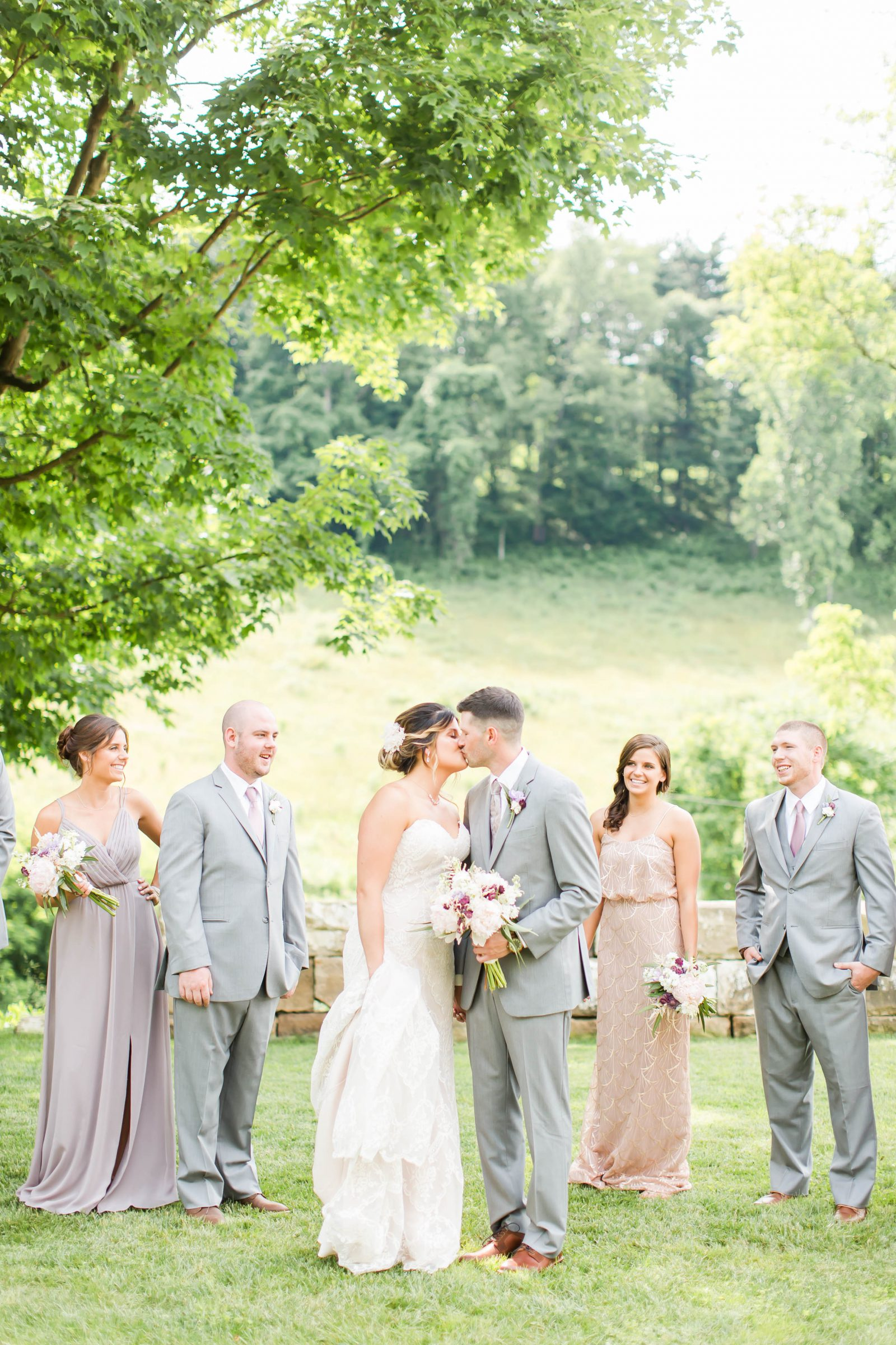 rivercrest-farm-summer-wedding-loren-jackson-photography-57