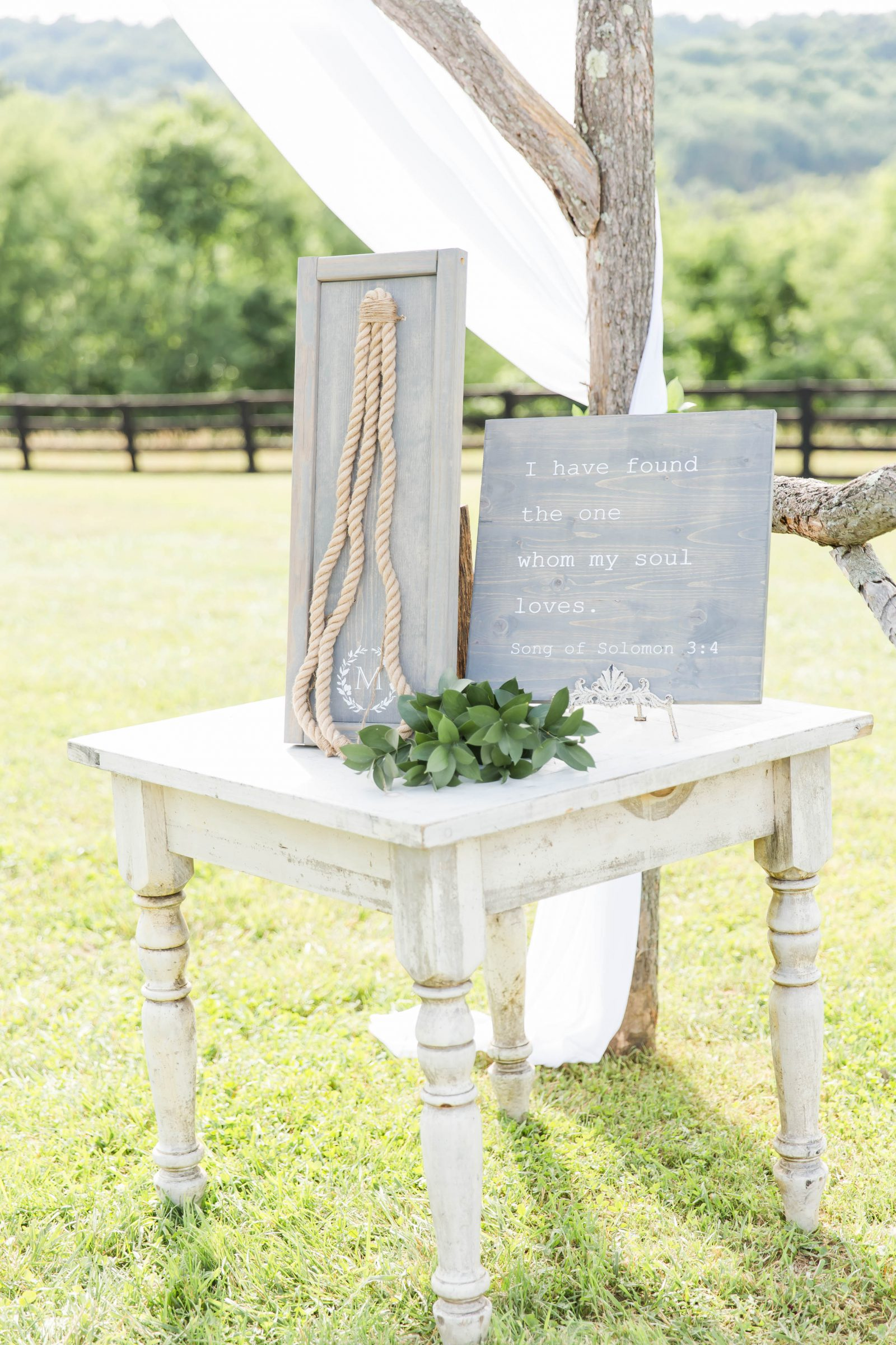 rivercrest-farm-summer-wedding-loren-jackson-photography-75