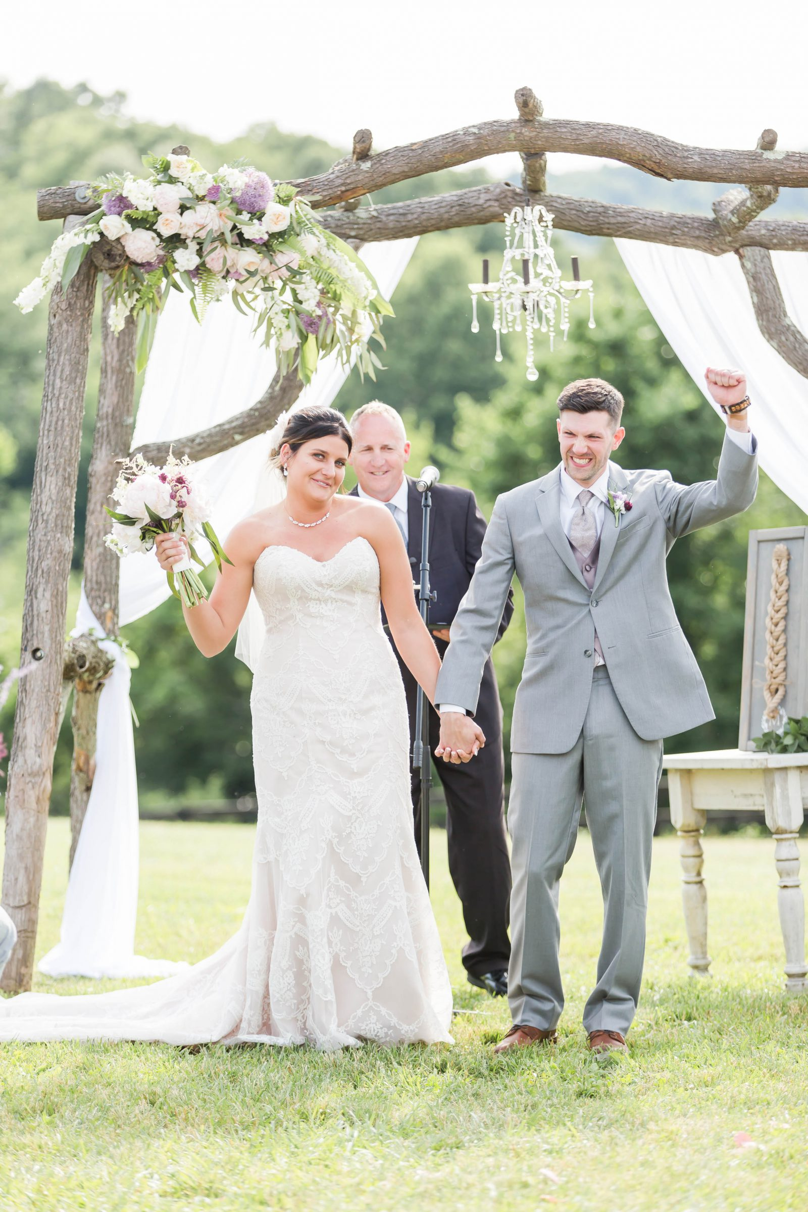 rivercrest-farm-summer-wedding-loren-jackson-photography-83