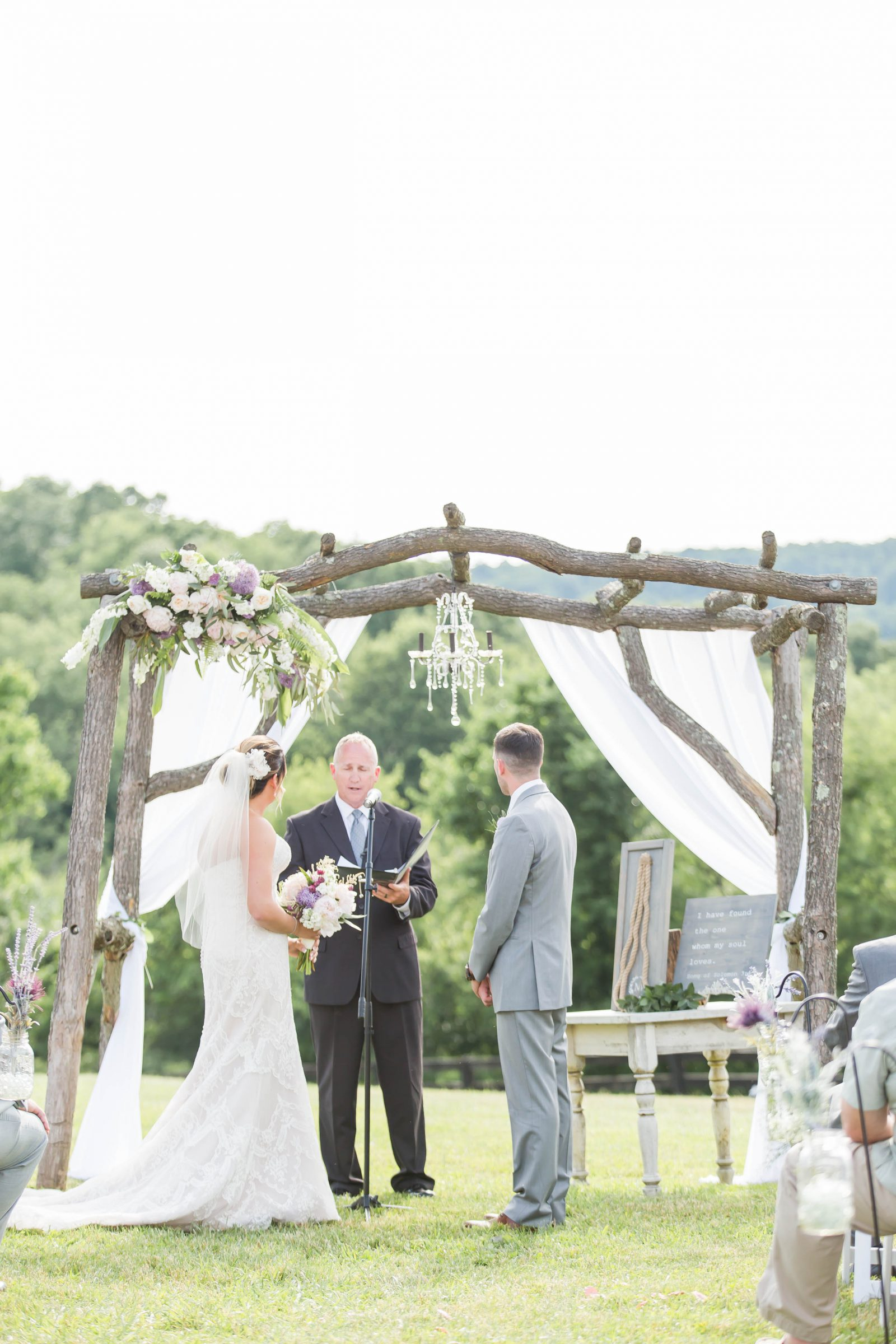 rivercrest-farm-summer-wedding-loren-jackson-photography-80