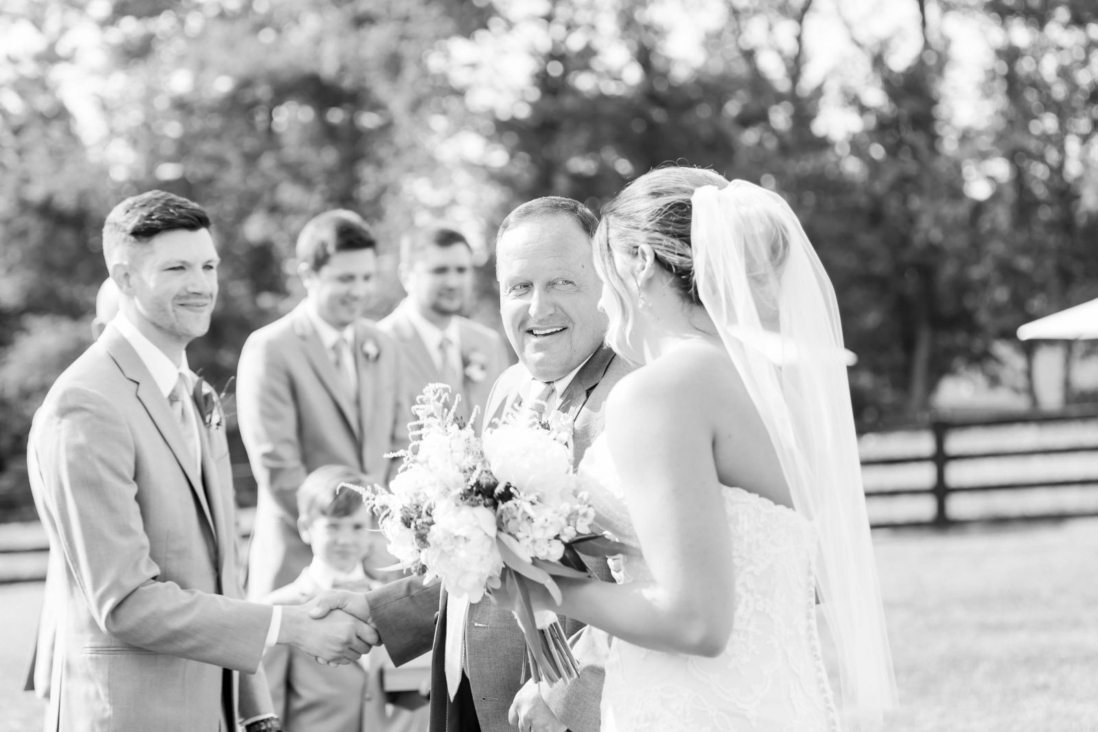 rivercrest-farm-summer-wedding-loren-jackson-photography-78