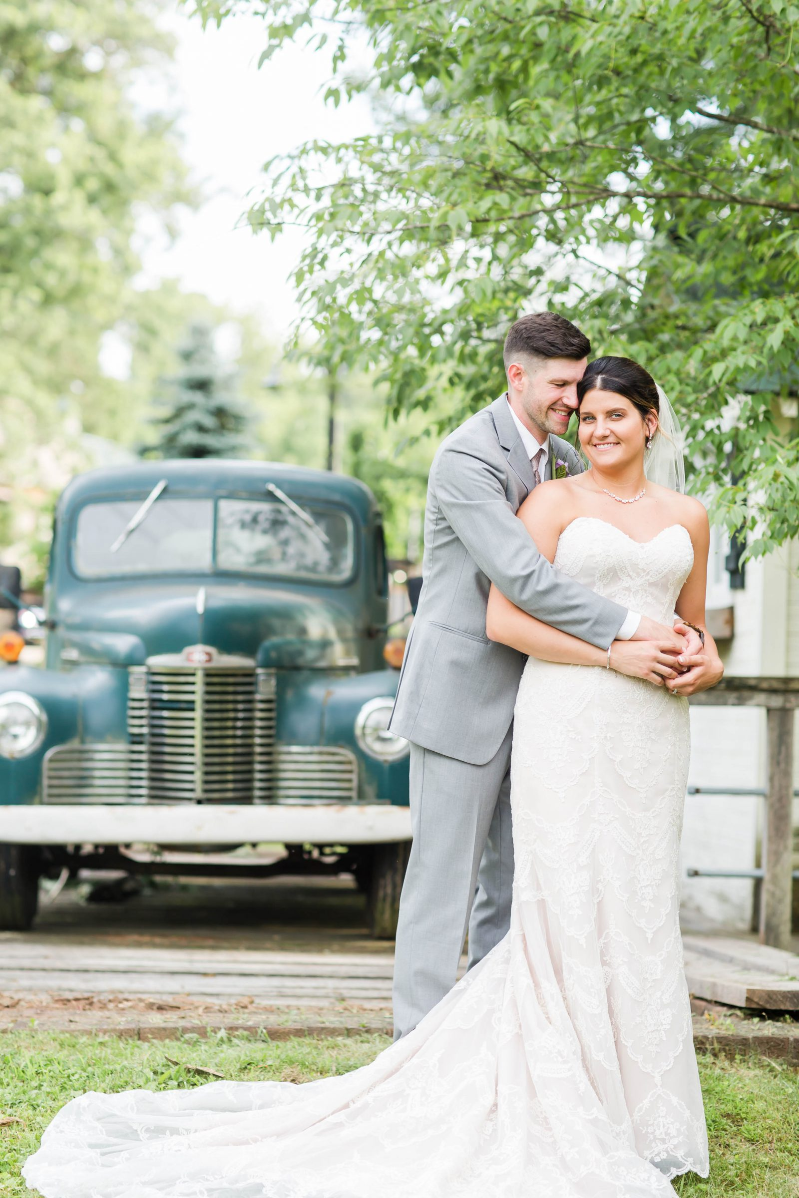 rivercrest-farm-summer-wedding-loren-jackson-photography-92