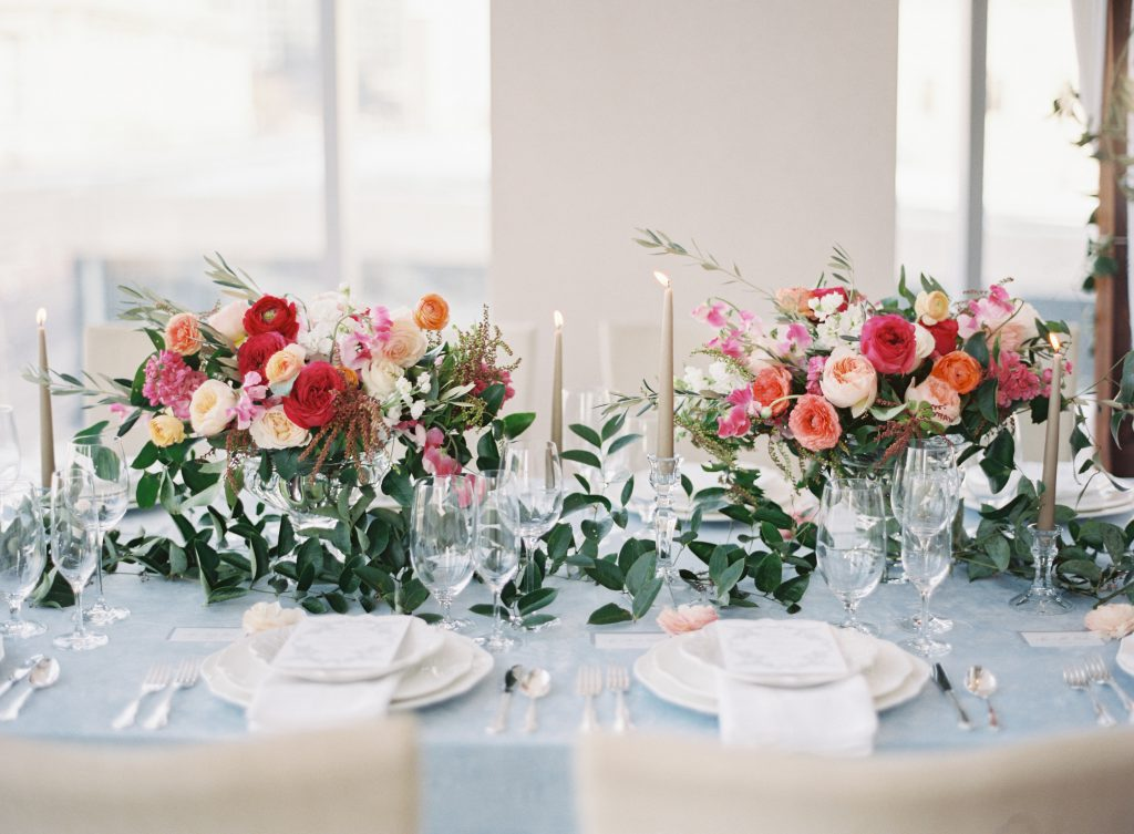 Romantic Flowers and Candles for Wedding Tables