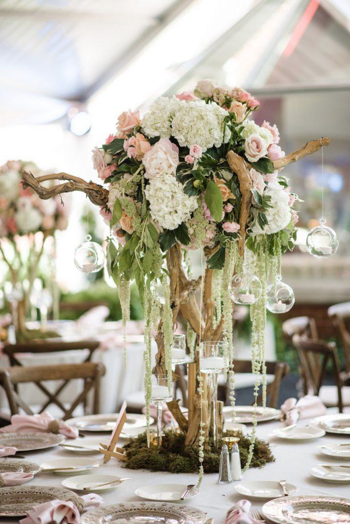 Plantscaping & Blooms Tablescapes & Cakes 3