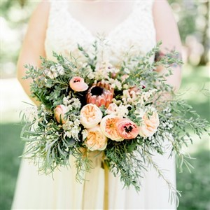 Garden Rose and King Protea bouquet Fresh Designs Florist, Photo by Haley Richter Photography