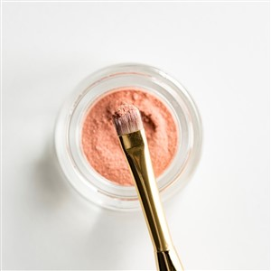 Pot of Pink Powder Makeup and Brush