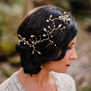 Bridal Hair Vine by Entwine