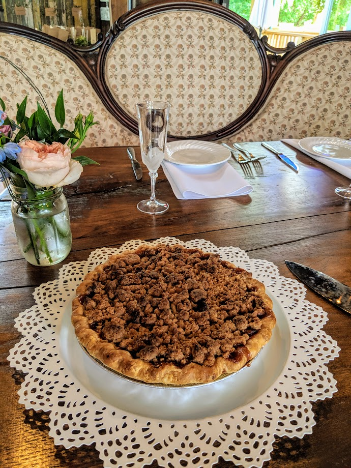 Apple Spice Crumb Wedding Cutting Pie